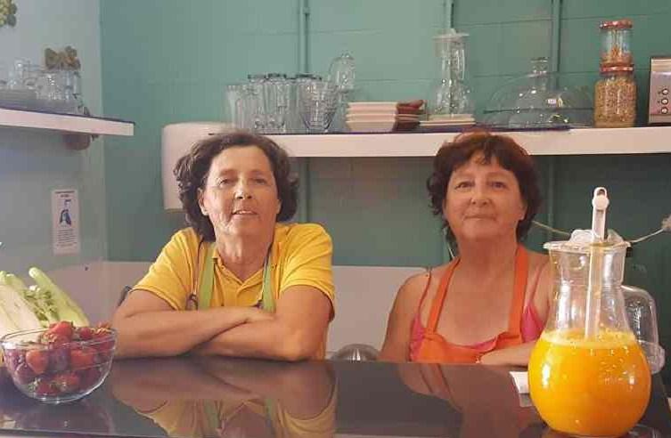 As gémeas que se dedicam à 'alquimia' emOlhão